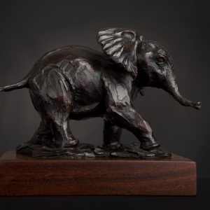 elephant wildlife bronze sculpture
