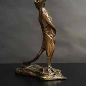 meerkat wildlife bronze sculpture